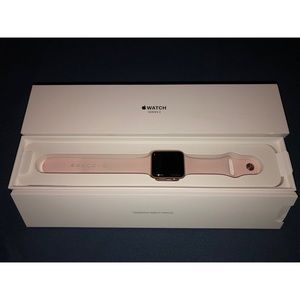 Rose Gold Apple Watch Series 3